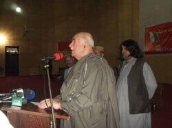 'که پاکستان د افغانستان خپلواکي ومني ټوله سیمه به پرامنه شي'