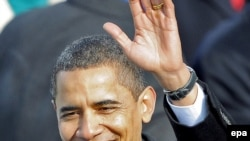 АҚШ президенті Барак Обама инаугурация салтанатындағы сөзінен кейін. Вашингтон. 20қаңтар, 2009 жыл.