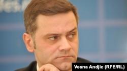 """""""Ja sam, pored Čedomira Jovanovića, jedini koji se zalaže da se napravi korak više u regulisanju naših odnosa"""": Borko Stefanović"""