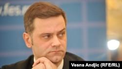 Prilično je besmisleno tražiti od Srbije da da nešto što ne može: Borko Stefanović