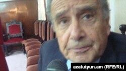 Արգենտինա - Էդուարդո Էռնեկյանը հարցազրույց է տալիս «Ազատություն» ռադիոկայանին, Բուենոս Այրես, 6-ը ապրիլի, 2011թ.