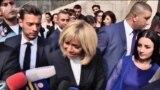 Первая леди Франции Бриджит Макрон беседует с журналистами, Ереван, 12 октября 2018 г․