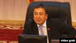 Қырғызстан парламентінің бұрынғы спикері Асылбек Жээнбеков.