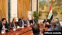 المالكي مع باحثين من المجموعة العراقية للدراسات الاستراتيجية
