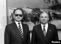 Войцех Ярузельский и Михаил Горбачев в 1985 году