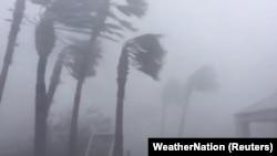 Pamje të Panamasë gjatë Uraganit Majkëll.