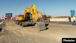 Armenia - The Spanish company Corsan starts the reconstruction of Yerevan-Ararat highway, 13Sep2012.