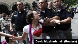 Задержание ЛГБТ-активиста в Тбилиси