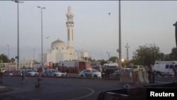 У мечети в Джидде