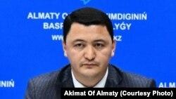 Камалжан Надыров в бытность вице-министром здравоохранения Казахстана. Декабрь 2019 года.