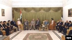 ساسة وقادة عراقيون في إجتماع بمنزل رئيس الجمهورية
