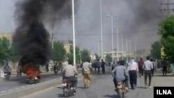 تعدادی خودرو در جریان درگیریهای شهر بلداجی به آتش کشیده شد.