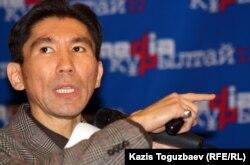 Досым Сатпаев, политолог. Алматы, 20 ноября 2012 года.