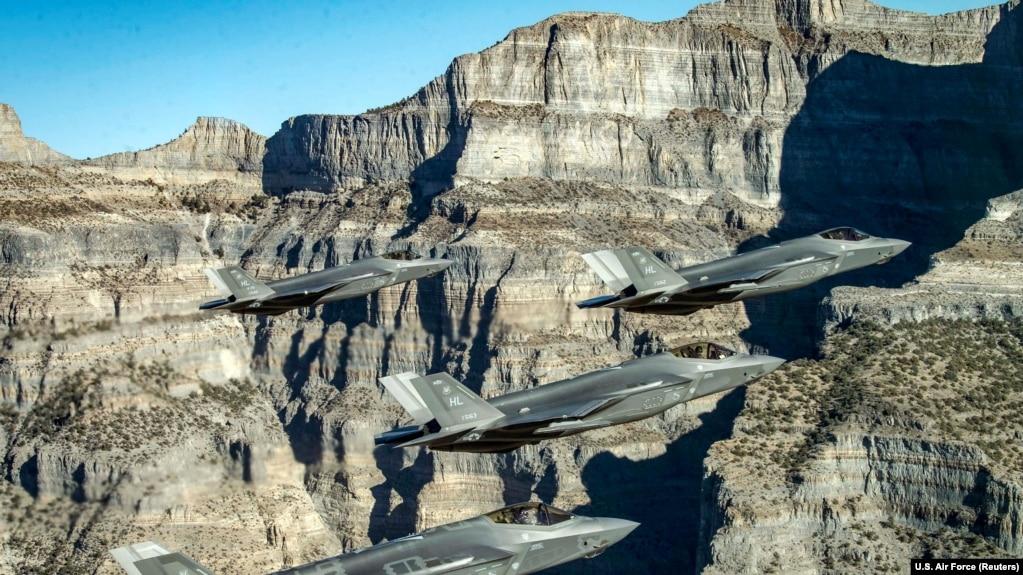 Испытательные полеты F-35 над Ютой