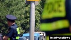 Бывший сотрудник патрульной полиции, недавно покинувший Грузию, распространил ряд скандальных видеозаписей, героями которых стали некоторые должностные лица грузинских силовых структур и их близкие родственники