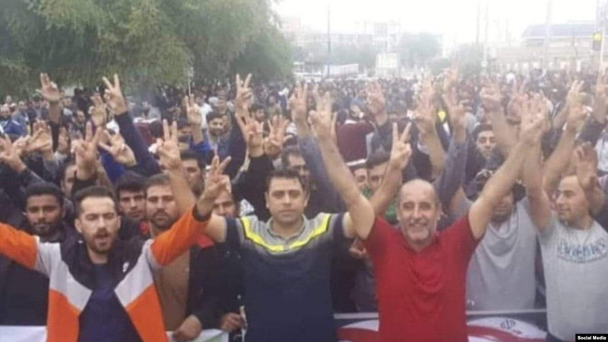 بازداشت چهار نفر در چهاردهمین روز اعتراض کارگران هفتتپه
