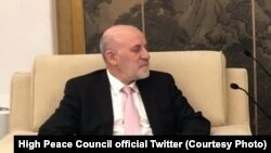 عمر داودزی رئیس دارالانشای شورای عالی صلح افغانستان