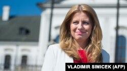 Зузана Чапутова є одним із засновників і заступником голови соціал-ліберальної партії Прогресивна Словаччина