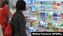 Mliječni proizvodi u jednoj od sarajevskih prodavnica