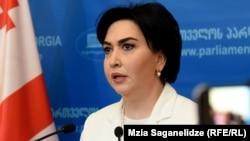 Сегодня Беселия прямо утверждает: новые лица в «Грузинской мечте» предали идеалы, за которые боролись основатели партии в 2012 году