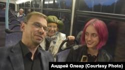 Андрей Олеар, Валентина Полухина и Анна-Мария Бродская. Фото: Александр Паутов