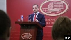 Архивска фотографија-Вицепремиерот Бујар Османи на прес конференција зборува за Планот 3-6-9, 07.03.2018