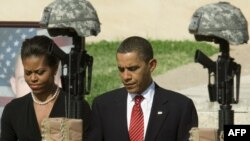 U.S. President Barack Obama and First Lady Michelle Obama at the Fallen Soldier Memorial at Fort Hood after the November 2009 tragedy.