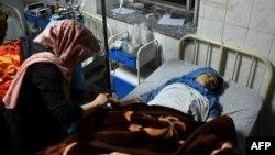 کودک زخمی از حمله به سخی در بیمارستان