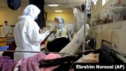 معاون ستاد کرونا در تهران با اشاره به این که پایتخت در حال حاضر در «قله بیماری» قرار دارد از تداوم این وضعیت تا یک ماه آینده خبر داد