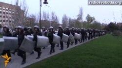 1200 силовиків на проукраїнському мітингу в Донецьку