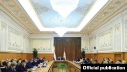 Президент Рахмон на заседании Совета Безопасности Таджикистана.