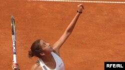 Зарина Дияс, участница первенства Праги по теннису. 17 июля 2009 года.