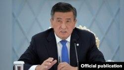 Сооронбай Жээнбеков в бытность президентом Кыргызстана.