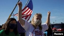 Slavlje na ulicama širom Amerike