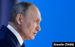 Президент Росії Володимир Путін під час виступу із щорічним посланням Федеральним Зборам, 21 квітня 2021 року