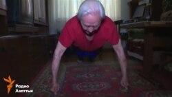 Ветеран Владимир Бабуркин в 91 год работает таксистом