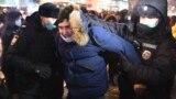 """""""ОВД-Инфо"""": в день встречи Навального во Внуково задержали более 60 человек"""