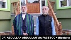 Поранешниот претседател на Авганистан, Хамид Карзаи и шефот на Високиот совет за национално помирување, Абдула Абдула.