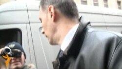 Прохоров привез 2 млн подписей в ЦИК