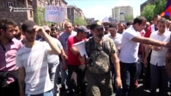 Pashinian Leads Protest March Again Through Yerevan