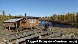 Андрей строит летнюю кухню