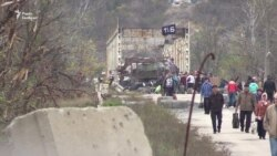 Золоте і Петрівське без ОБСЄ, а в Станиці Луганській не розвели сили