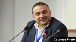 "Методија Стојчески, извршен директор на ""Младинска Алијанса"" - Крушево"