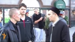 Айрат Шакиров Корьән өстенә дуңгыз мае куюга протест белдерә