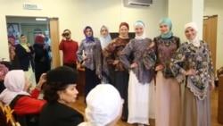 Иран кунаклары татар-мөселман киемнәрен карады