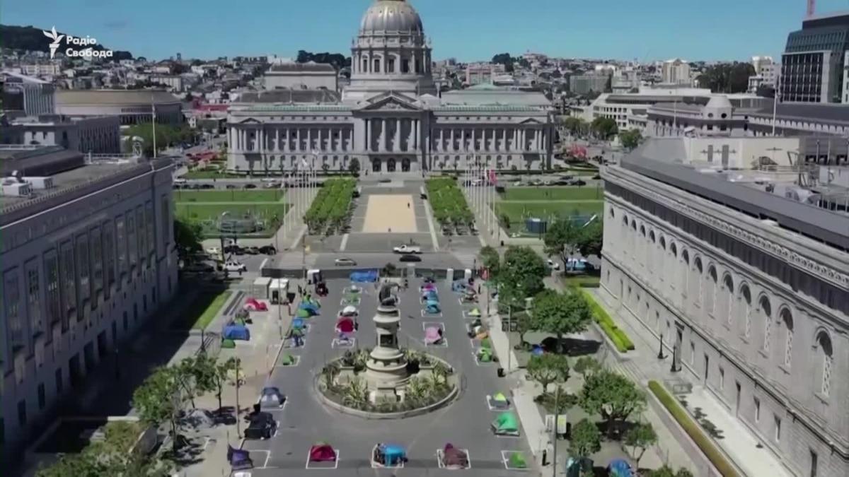 Лагерь для бездомных с соблюдением безопасной дистанции открыли в США – видео
