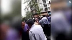 تجمع اعتراضی مرغداران در مقابل دفتر ریاست جمهوری