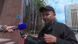 Колясочник показывает, насколько неудобна столица Казахстана