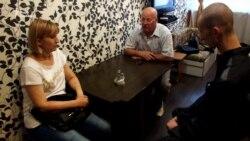 Унікальні кадри: Олександр Кольченко на побаченні з матір'ю (відео)