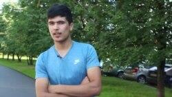 Ўзбек муҳожири: Байроғимизни бошимга кўтариб юргим келди